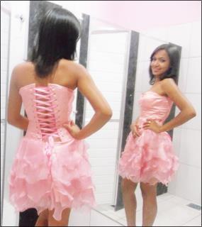 Vestido curto rosa e o roxo ambos de organça