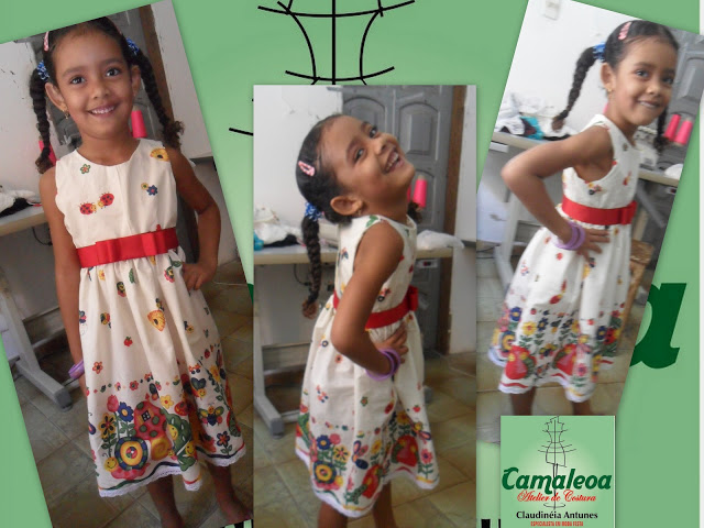 Vestido infantil, de tricoline de barrado