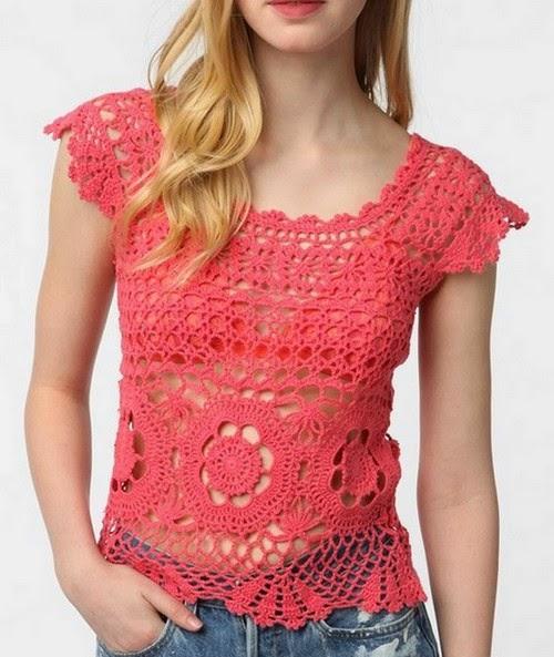 Blusa com manga em crochet