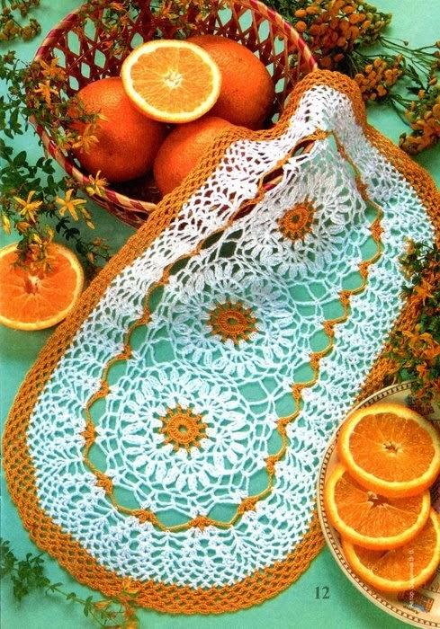 Toalhinha em Crochê Branco com Laranja / Napperon Crochet