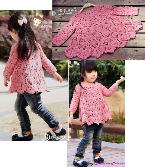 Vestido Infantil Em Crochet com Manga