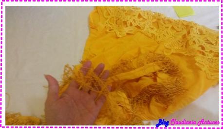 customizando-blusa-com-franja-na-barra-2